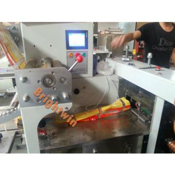 automatic pillow-bag hotel soap /toothbrush/hotel comb sachet packaging machine
