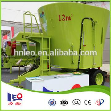 Dairy farm equipment TMR mixer cattle feed machinery